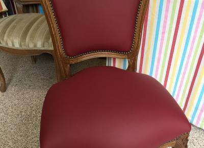 silla en piel ya retapizada